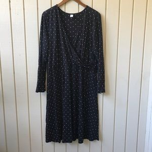 Old Navy Dresses - Old Navy Polka Dot Faux Wrap V Neck Dress
